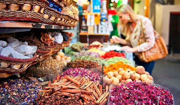 dubai souqs insider shopping rentalcars24h blog
