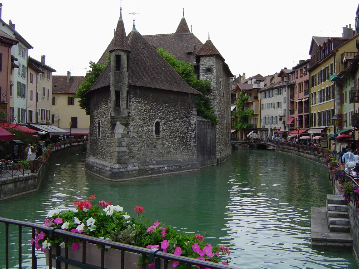 rentalcars24h annecy france 10 Breathtaking Places in Europe You Haven't Heard About!