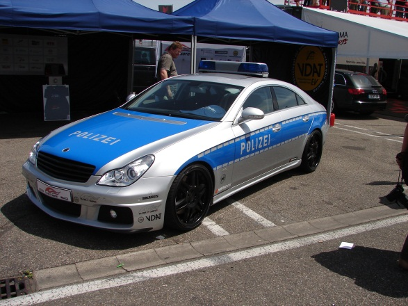 11 10 Coolest Police Cars Around The Globe!