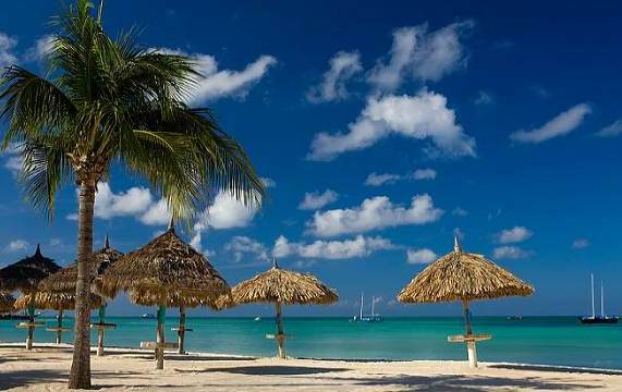 181 10 Best Places To Go For Your Honeymoon!