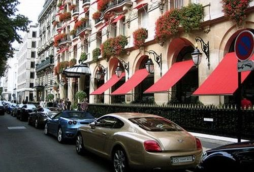 172 TOP 10 Most Luxurious Places To Live In!