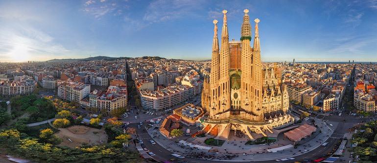 Car rental at Barcelona, Spain