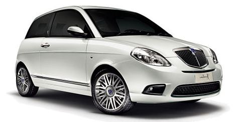 Lancia Ypsilon car rental at Florence, Italy
