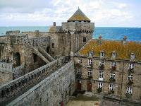 Car rental in Saint-Malo, France
