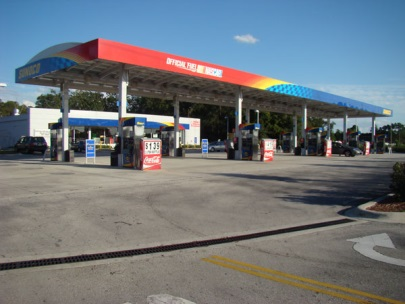 Fuel stations around Orlando Airport, USA