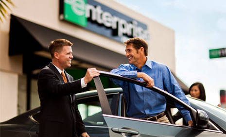 Book in advance to save up to 40% on car rental in Marbella - Puerto Banus