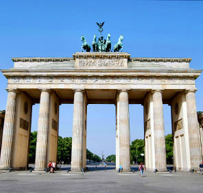 Essen in North Rhine-Westphalia car rental, Germany